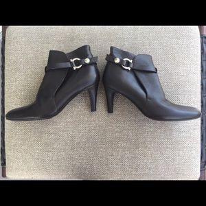 💥 VTG Salvatore Ferragamo booties 8 ankle boots